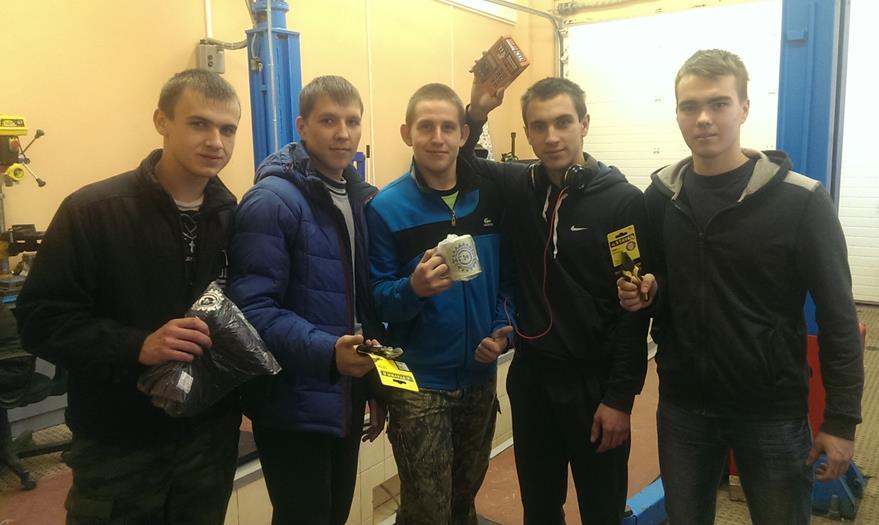 Участники конкурса (слева на право): Назимов М. А., Слотин А. Е.. Галанкин Д. Е., Кичаев А. А., Шочин А. С.